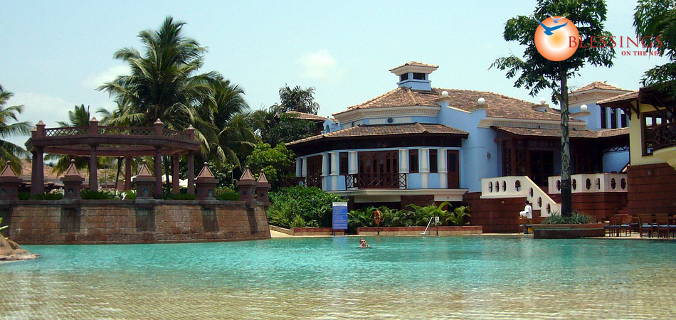 Top 5 luxury hotels on goa book online goa and for Luxury hotel packages